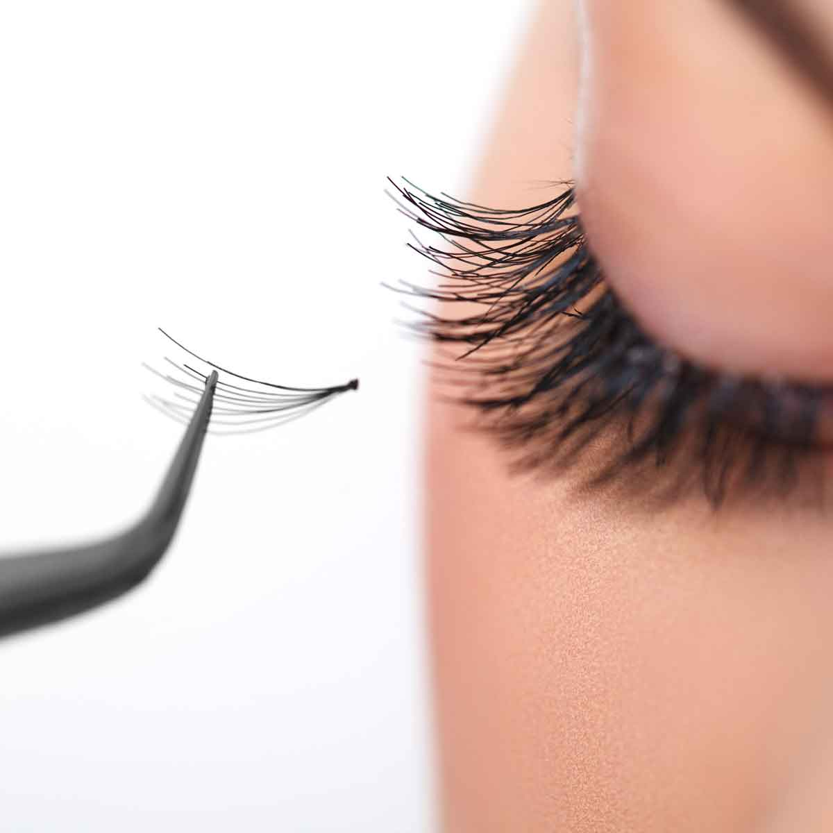 Transformation Beauty Salon White Rock Lashes